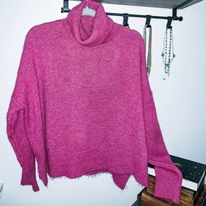 Free People Women's cowl neck sweater Size M